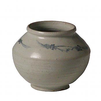 KG70013: Yi Blue & White Jar