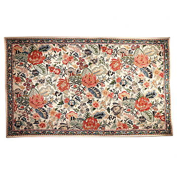 UH80011: Chain Stitch Decorative Area Rug, Kashmir Valley