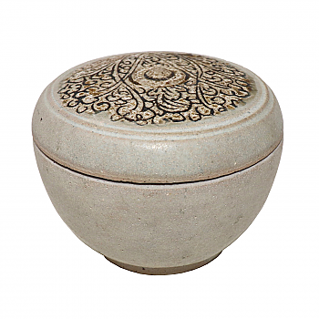 UH80143: Sawankhalok Ceramic Covered Box